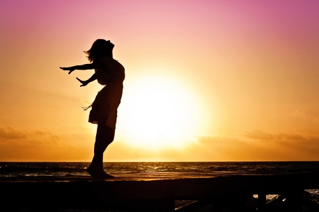 woman-happiness-sunrise-silhouette-40192[1].jpeg